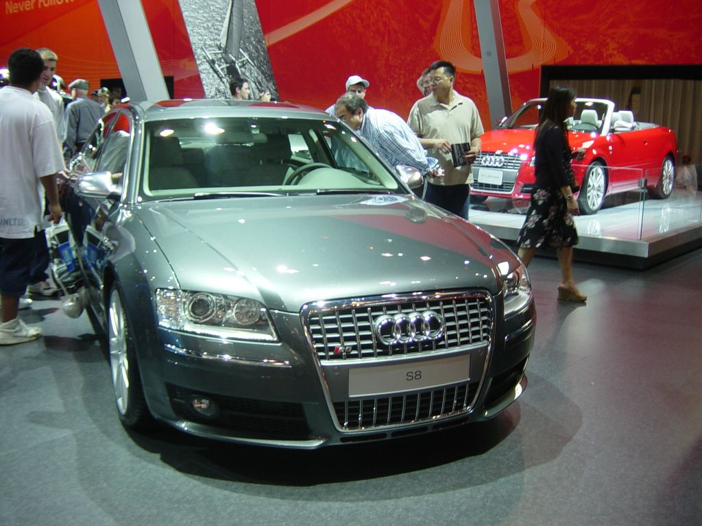 audi s8 front view