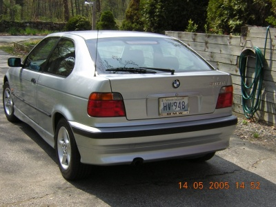 back-view-bmw-318