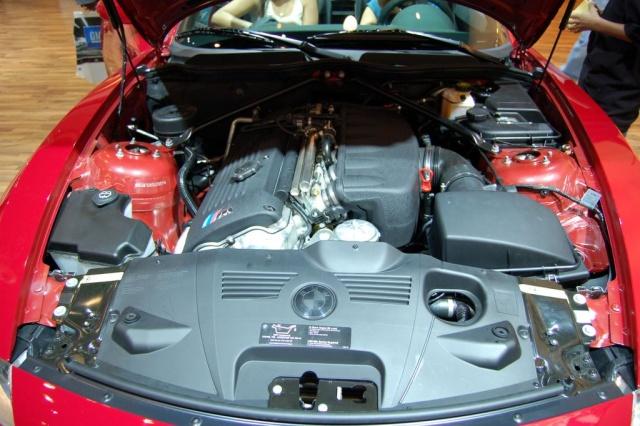 bmw z4 roadster engine