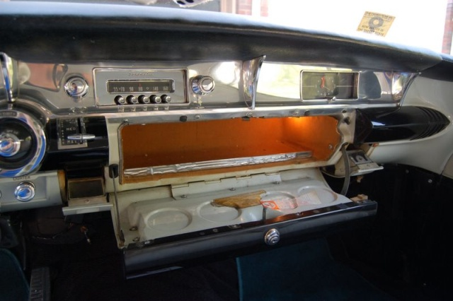 1957 buick special glovebox1