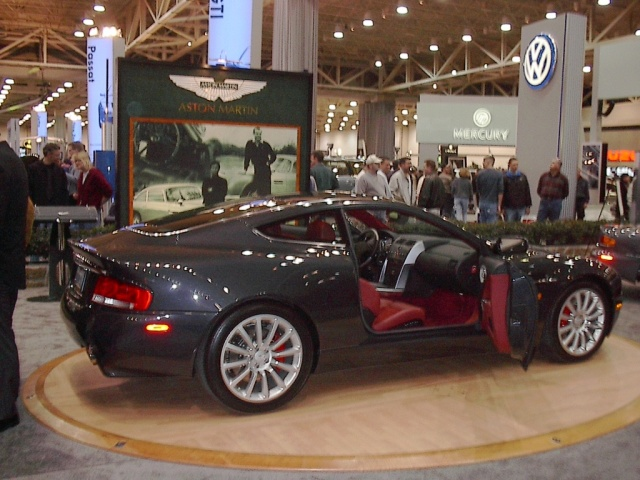 aston martin interior dallas car show 2002 car pictures by carjunky. Black Bedroom Furniture Sets. Home Design Ideas
