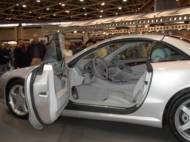 interior-view-silver-mercedes
