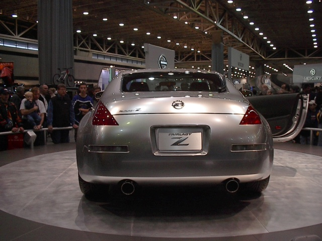 rear-view-nissan-z