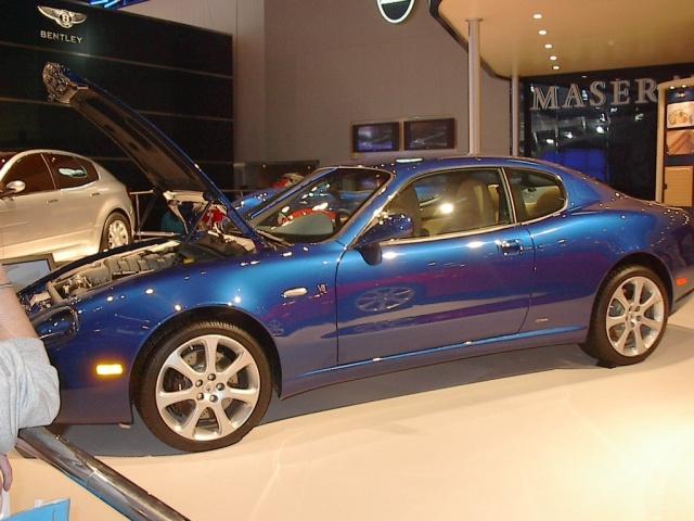 v8-blue-maserati