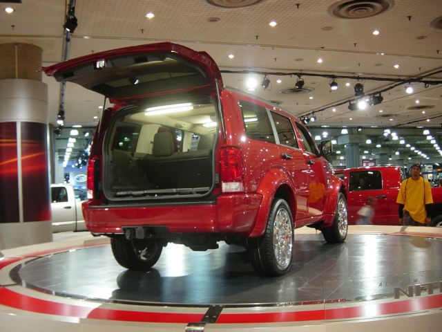 dodge nitro rear view