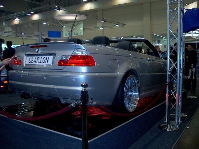 clarion-e46-m3-convertible-04