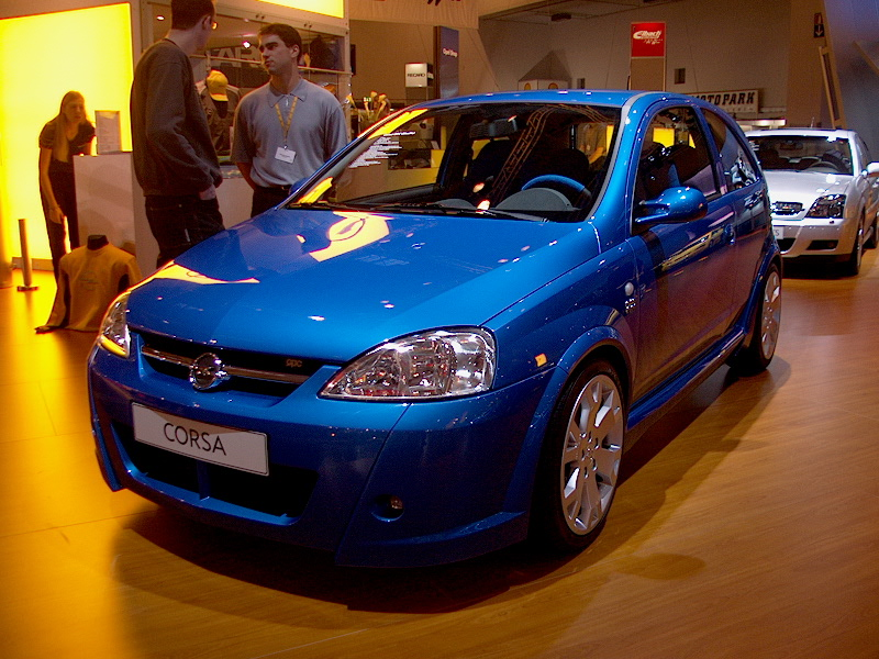 opel astra opc 03 essen car show 2002 car pictures by. Black Bedroom Furniture Sets. Home Design Ideas