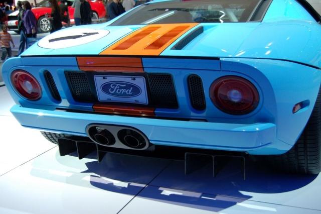 ford gt rear view closeup