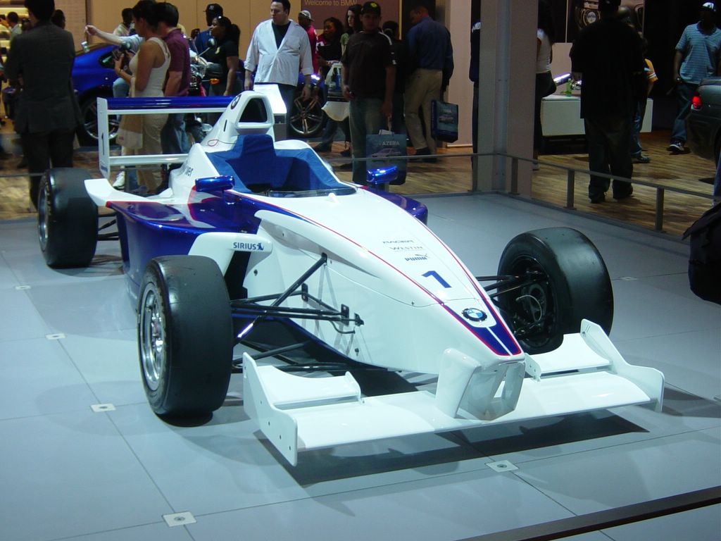 bmw formula front view
