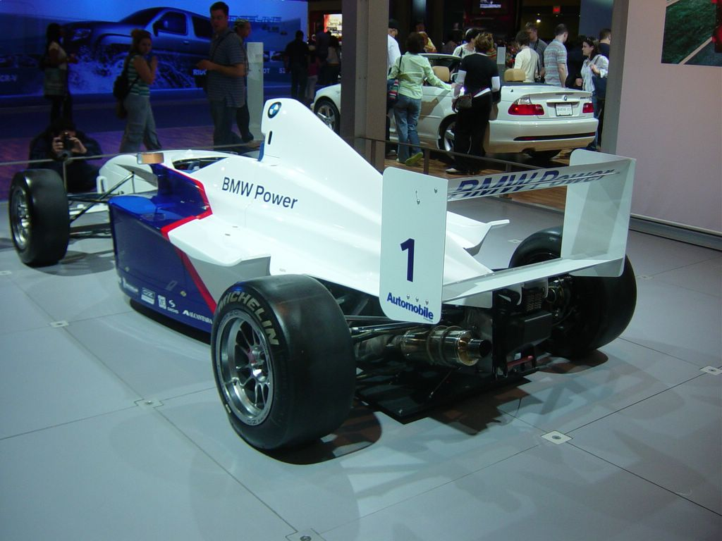 bmw formula rear view 2