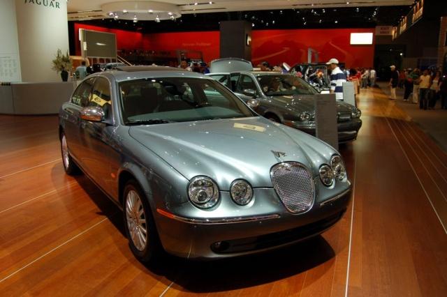 jaguar at ny car show