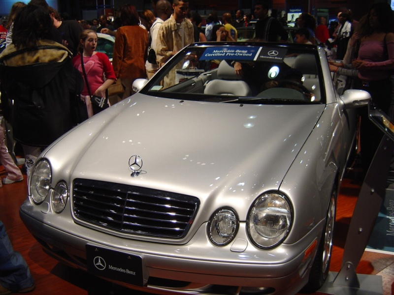 mercedes-convertible-front-view