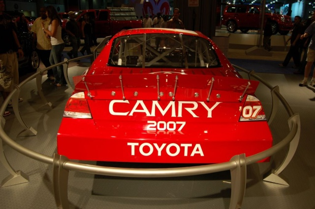 toyota camry 2007 rear view