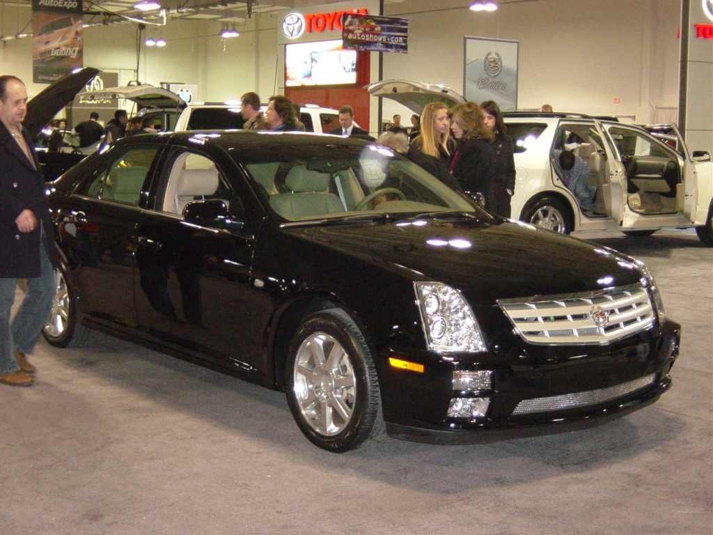 Black Sts V8 Cadillac Nj Auto Expo 2005 Car Pictures