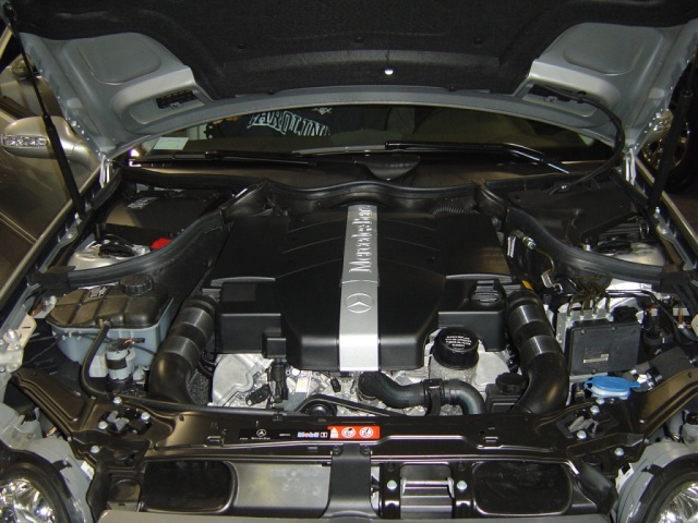 mercedes-benz-clk320-engine