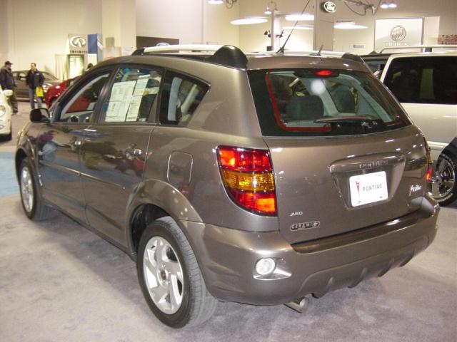 pontiac-vibe-rear-view