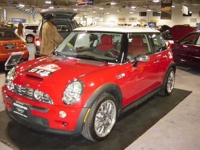 red-and-white-mini-cooper