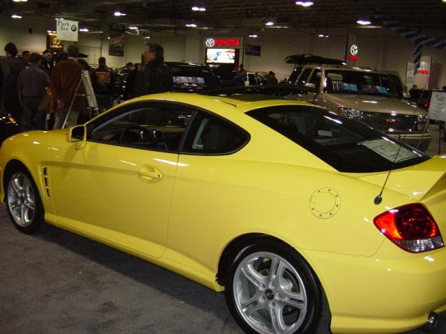 tiburon-yellow-hyundai