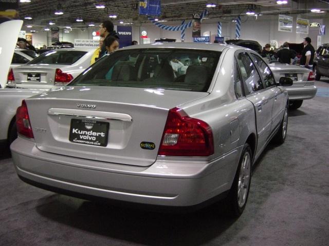 volvo-s80-sedan