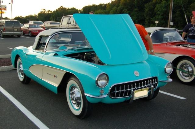 1957-Corvette-Convertible-front