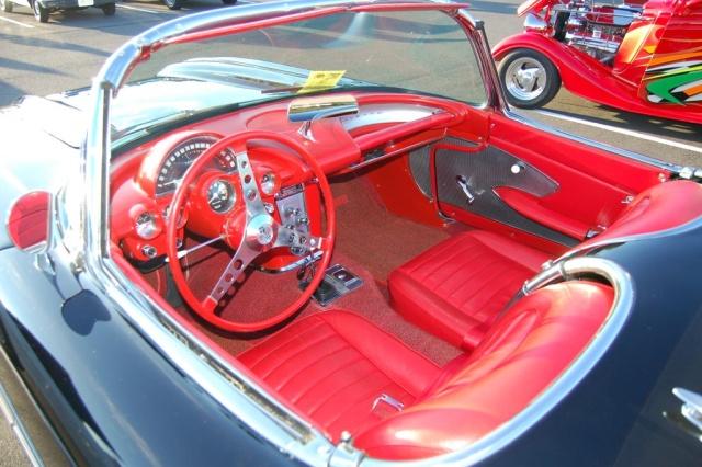 1959-Corvette-interior