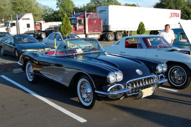 1959-Corvette-side