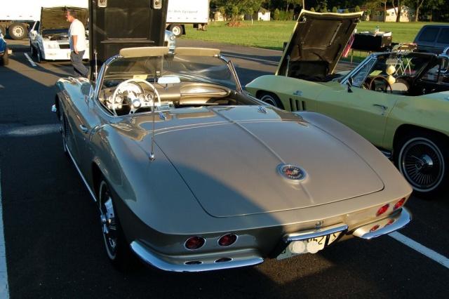1962-Corvette-Convertible-rear-left