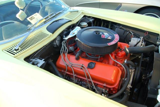 1965-Corvette-Sting-Ray-engine2
