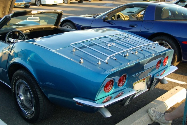 1968-Corvette-Convertible-rear-side