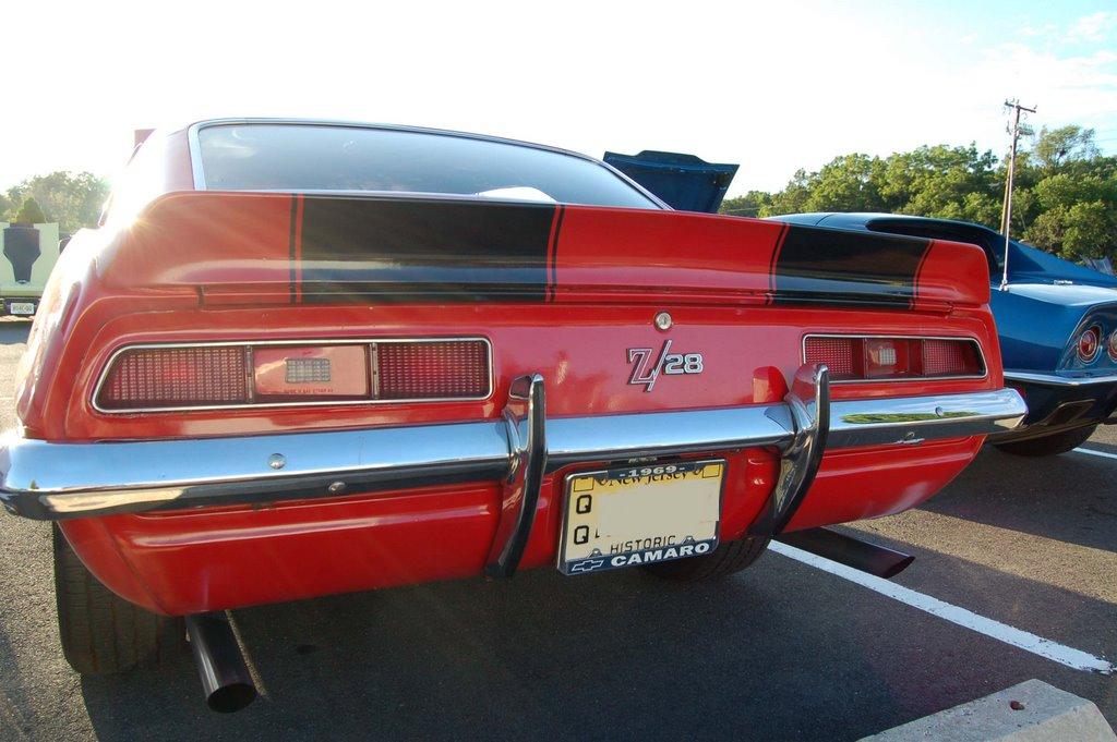 1969-Camaro-z28-back