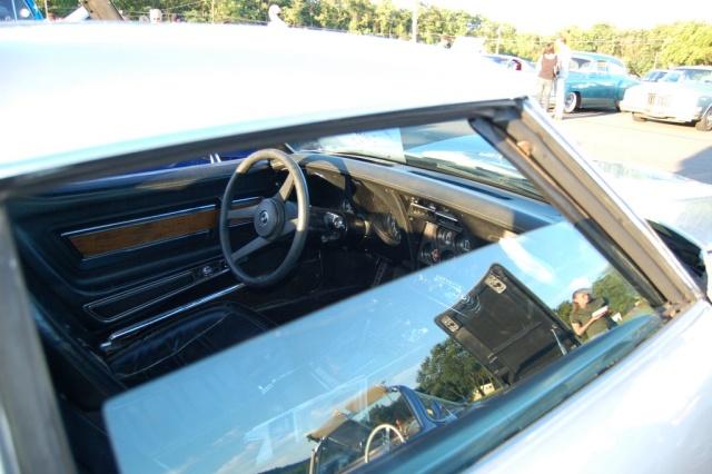 1971-Corvette-Coupe-interior