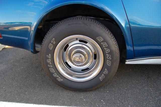 1971-Corvette-tire-rim