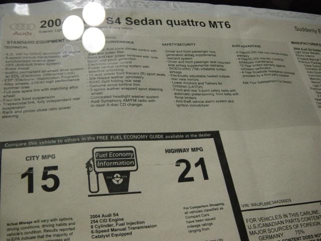 audi-s4-quattro-sedan-sticker