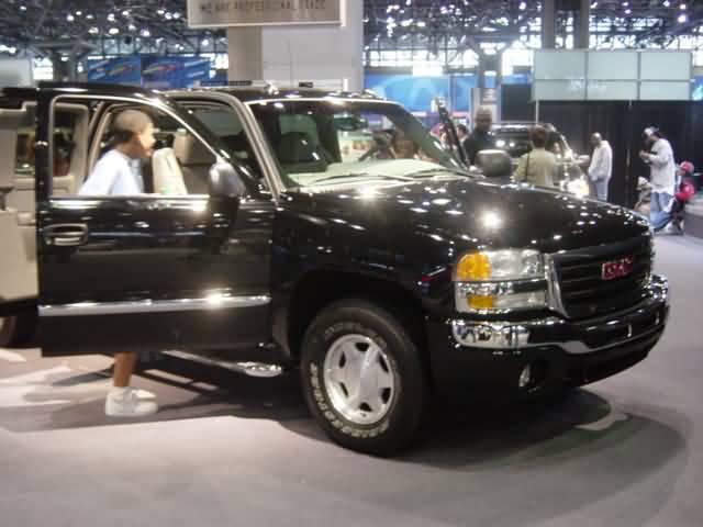 2004-gmc-yukon
