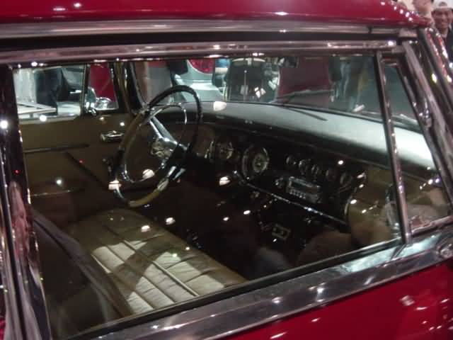 classic-chrysler-interior-view
