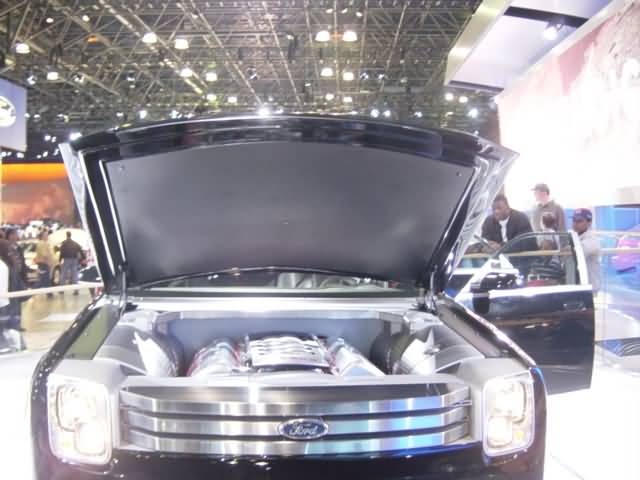 ford-explorer-engine