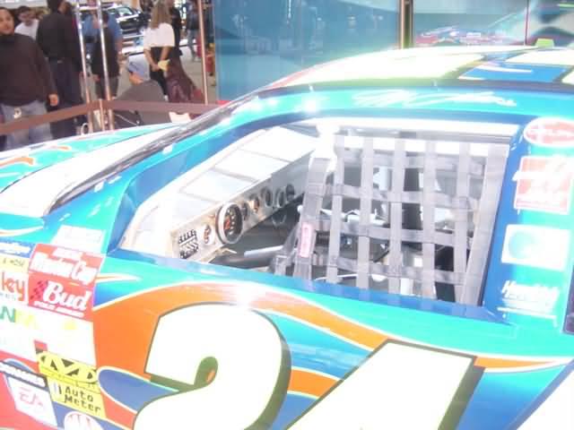 interior-view-chevy-sponsor-car