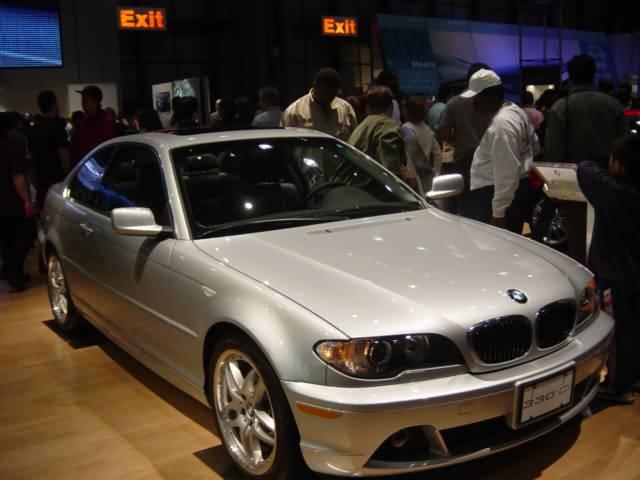 silver-bmw-330c