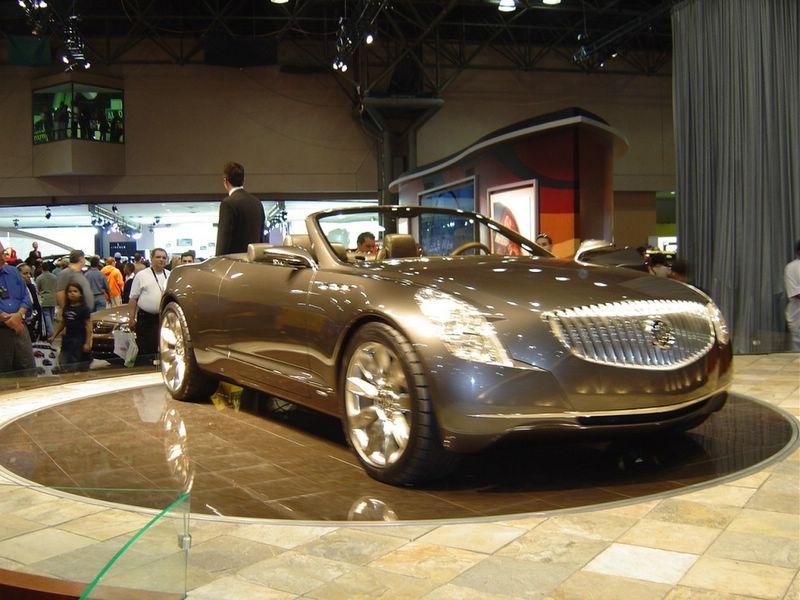 2001-buick-bengel-silver
