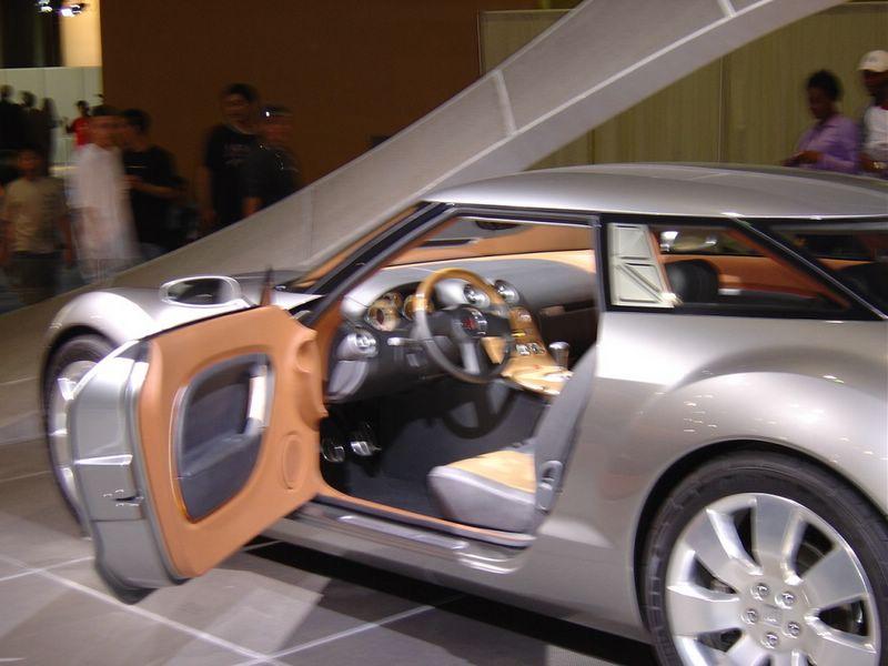 saturn-concept-car-curve