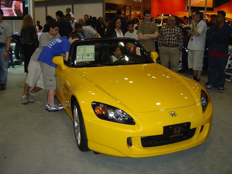 yellow-honda-convertible