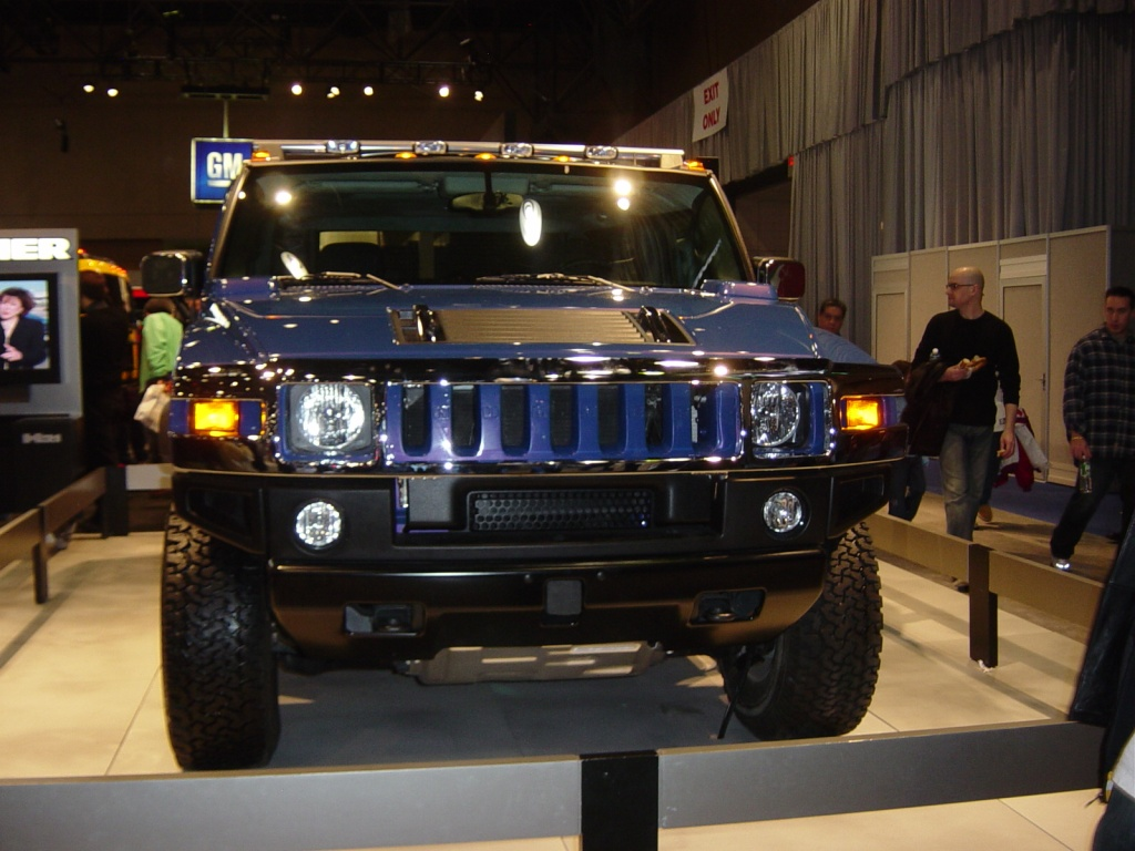 hydrogen hummer front view