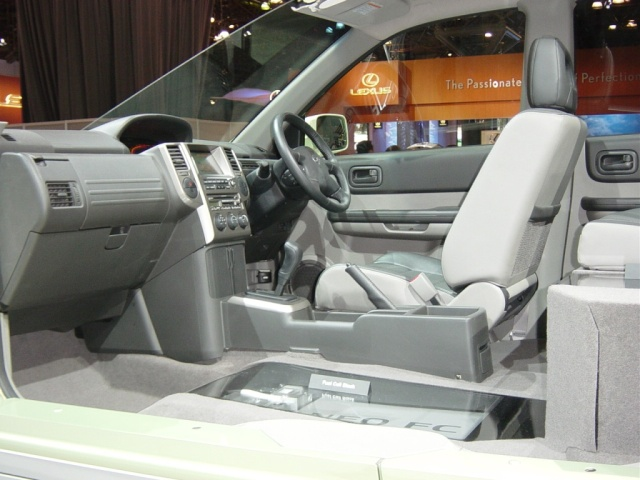 nissan x trail interior view