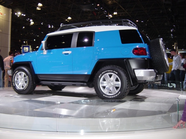 Toyota Blue Fj Crusier New York Auto Show 2005 Car
