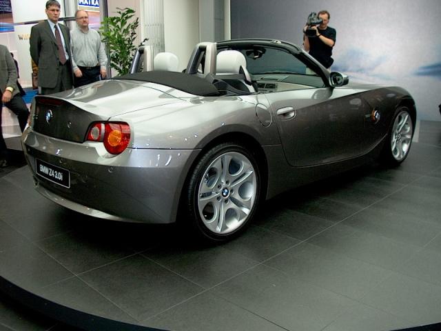 bmw-z4-roadster-03