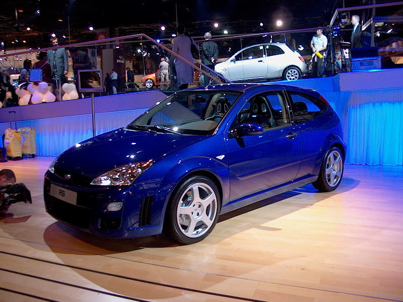 Ford Focus Rs 01 Paris Car Show 2002 Car Pictures By Carjunky