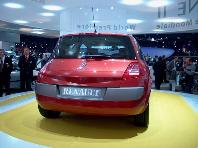 renault-megane-II-04