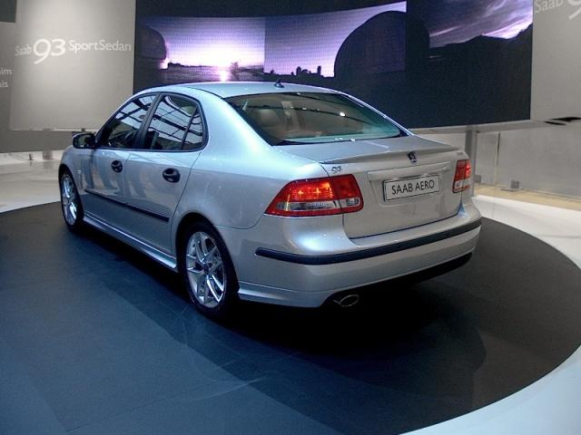 saab-93-sport-sedan-02
