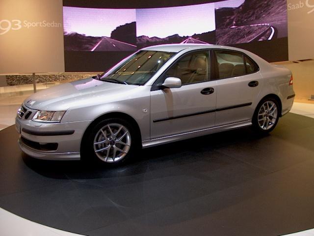 saab-93-sport-sedan-03
