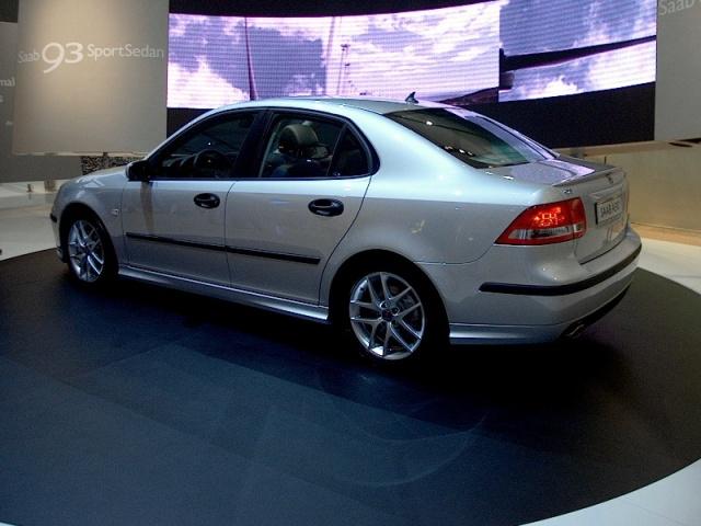 saab-93-sport-sedan-04
